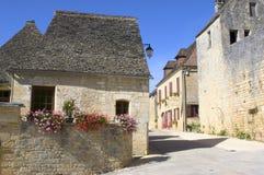Pueblo viejo del Santo-Amand-de-Coly Imagenes de archivo