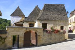 Pueblo viejo del Santo-Amand-de-Coly Foto de archivo libre de regalías