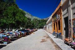 Pueblo y mercado coloridos de Purmamarca, la Argentina foto de archivo libre de regalías