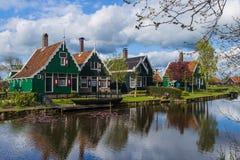 Pueblo Zaanse Schans en Países Bajos Imagen de archivo libre de regalías