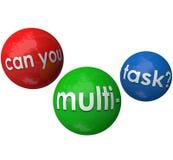 Puede usted trabajo agotador ocupado de las tareas de los trabajos de las bolas de Multitask que hace juegos malabares Foto de archivo