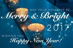 Pueden sus días de fiesta ser tarjeta de Navidad feliz y brillante Imagenes de archivo
