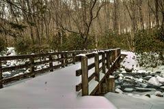 Puente ahumado del diente de Kephart de las montañas Foto de archivo