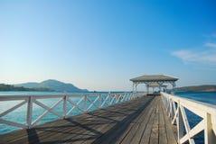 Puente al mar Foto de archivo libre de regalías