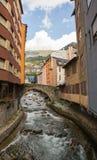 Puente antiguo del río de Gran Valira Fotos de archivo libres de regalías