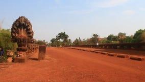 Puente antiguo durante 1.000 años en Camboya metrajes