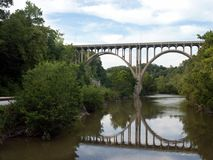 Puente arqueado Foto de archivo libre de regalías