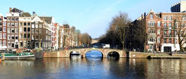 Puente auténtico en Amsterdam Fotografía de archivo libre de regalías