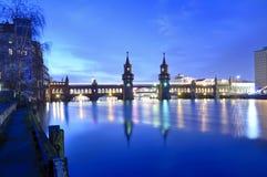 Puente Berlín de Oberbaum imagen de archivo libre de regalías