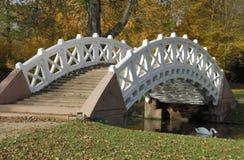 Puente blanco imagen de archivo libre de regalías