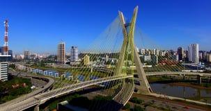 puente Cable-permanecido en el mundo, São Paulo Brazil, Suramérica almacen de video