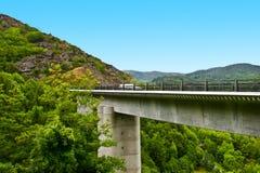 Puente concreto Imagenes de archivo