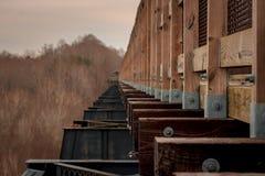 Puente convertido del siglo XIX del tren fotografía de archivo libre de regalías