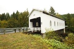 Puente cubierto de Dorena fotos de archivo