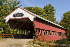 Puente cubierto en Conway, NH Imagen de archivo