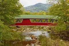 Puente cubierto en Jackson, NH, los E.E.U.U. Imagen de archivo libre de regalías