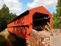 Puente cubierto rojo Imagen de archivo libre de regalías