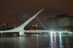 Puente de Λα Mujer σε Puerto Madero, Μπουένος Άιρες Στοκ Εικόνες