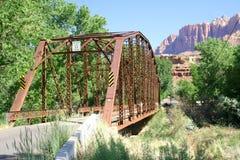 Puente de acero del tren de la vendimia Imágenes de archivo libres de regalías
