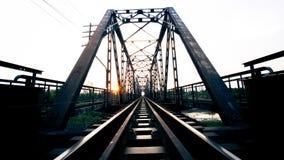 Puente de acero negro viejo Lampang Tailandia del tren a Chiangmai Thail Fotografía de archivo