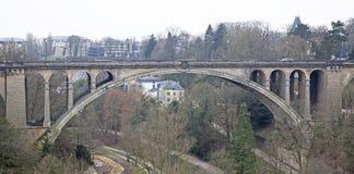 Puente de Adolfo en Luxemburgo Foto de archivo libre de regalías