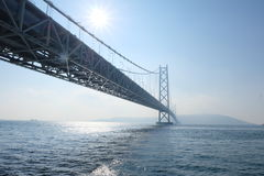 Puente de Akashi Kaikyo en Kobe, Japón Fotografía de archivo