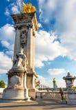 Puente de Alejandro III en París fotografía de archivo
