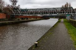 Puente de aluminio imagenes de archivo