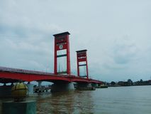 Puente de Ampera foto de archivo libre de regalías