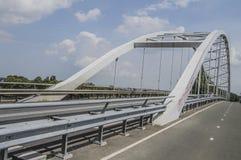 Puente de Amsterdam-Rijnkanaal en Weesp el 2018 holandés imagen de archivo