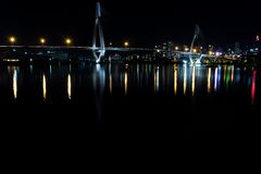 Puente de ANZ durante noche Imagenes de archivo
