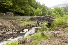 Puente de Ashness Foto de archivo libre de regalías