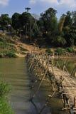 Puente de bambú hermoso Imágenes de archivo libres de regalías