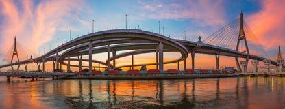 Puente de Bhumibol, Bangkok, Tailandia Imágenes de archivo libres de regalías