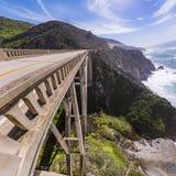 Puente de Bixby que mira abajo Imagen de archivo libre de regalías