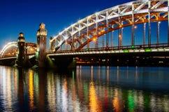 Puente de Bolsheohtinskiy, StPetersburg Rusia Foto de archivo