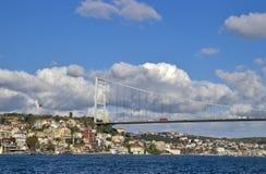 Puente de Bosphorus, Estambul, Turquía Imágenes de archivo libres de regalías