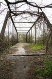 Puente de braguero abandonado viejo en San Antonio septentrional, Tejas fotos de archivo libres de regalías