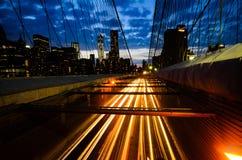 Puente de Brooklyn en la oscuridad Imagen de archivo