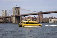 Puente de Brooklyn en New York City Imágenes de archivo libres de regalías