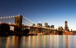 Puente de Brooklyn y Nueva York céntrica Imagen de archivo