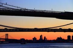 Puente de Brooklyn y puente del puente de Manhattan Fotos de archivo libres de regalías