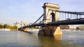 Puente de cadena en Budapest, Hungría Imagen de archivo libre de regalías