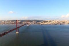 puente de 25 de abril en Lisboa Foto de archivo libre de regalías