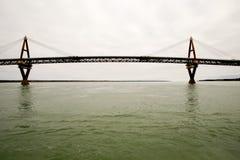 Puente de Deh Cho, fortaleza Providence, NWT, Canadá Imágenes de archivo libres de regalías