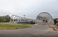 Puente de Puente del Bicentenario Bicentenary - Córdoba, la Argentina fotografía de archivo