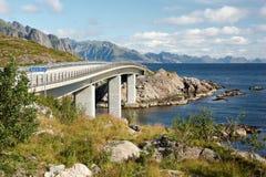 Puente de Djupfjord imágenes de archivo libres de regalías