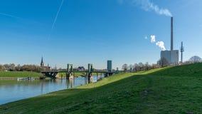 Puente de elevación y central eléctrica Walsum, Duisburgo, Rin-oeste del norte Imagenes de archivo