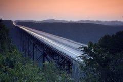 Puente de garganta de nuevo río Imágenes de archivo libres de regalías
