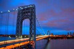 Puente de George Washington en la puesta del sol Fotos de archivo libres de regalías